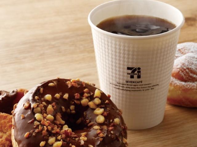 コンビニドーナツはコンビニコーヒーとセットで