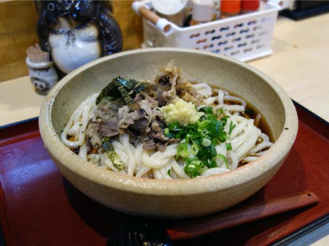 肉ぶっかけうどん大盛り(950円)