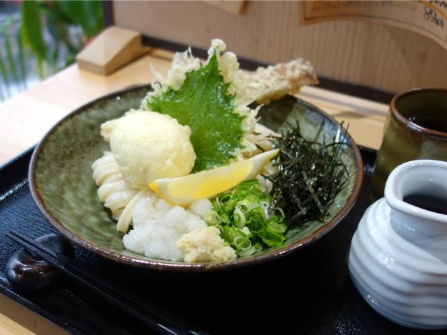 ちく天玉ぶっかけうどん(780円)