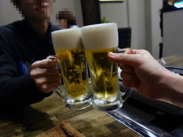 とりあえず生ビールで乾杯