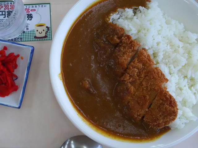 モテナス菩提寺カツカレー(720円)