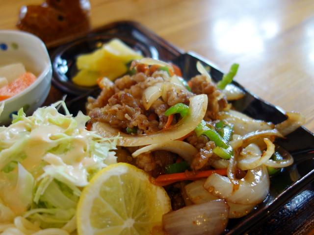 おすすめランチの野菜炒めのような焼肉