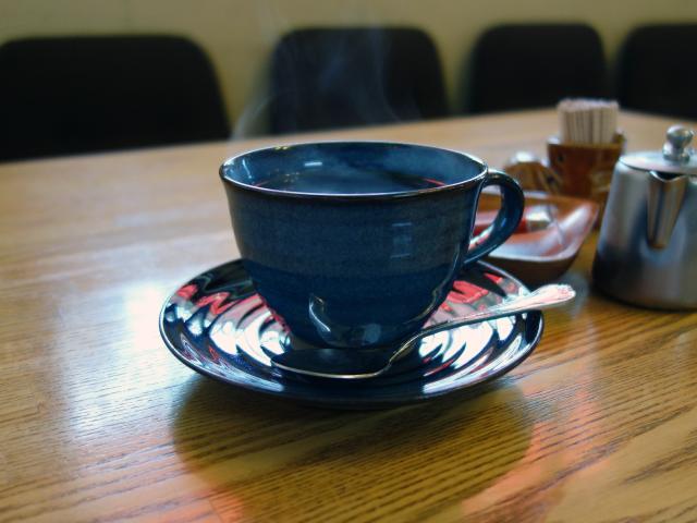 ホットコーヒー(380円)