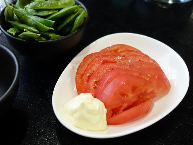 トマトスライスと枝豆
