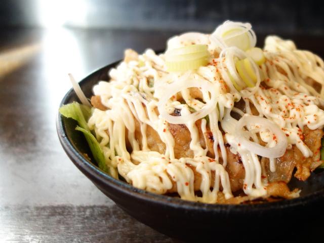 天下第一のスタミナ丼(290円)