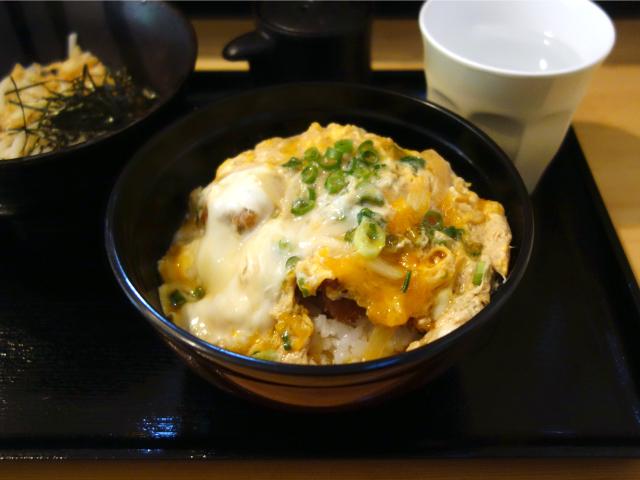 カツ丼セット(950円)