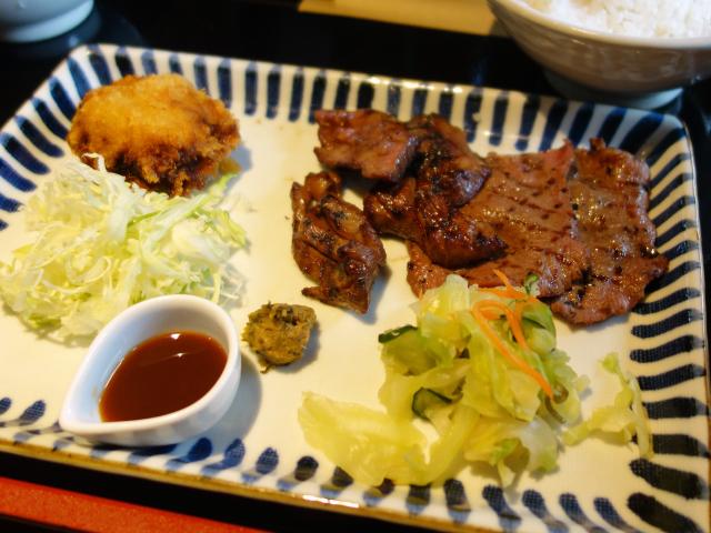 牛たん三昧定食(1,280円)