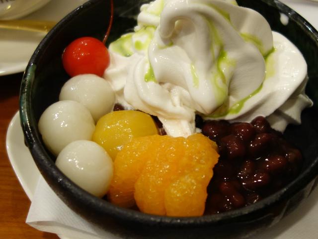 冷やしクリームぜんざいセット(1,030円)