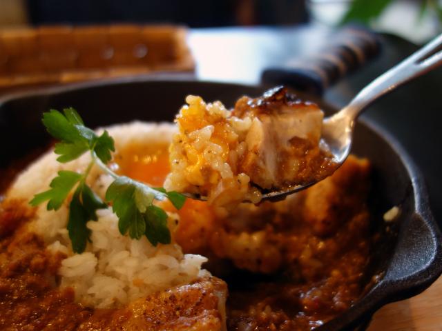 国産若鶏ひき肉の焼きカレーライス&鶏もものタンドリーチキン