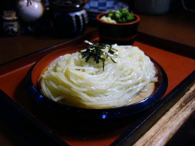 ざるうどん(550円)