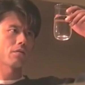 【世にも奇妙な物語】『誘い水』怪しいミネラルウォーターにハマる男【※ネタバレ注意】