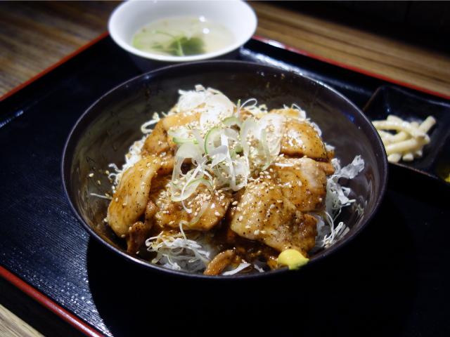 沖縄ヤンバル豚丼(680円)